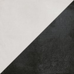 Futura Half Black